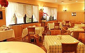 雅迪商務旅店